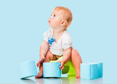 Стул со слизью у грудного ребенка: причины появления и лечение