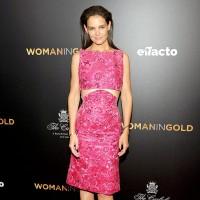 Кэти Холмс в розовом платье