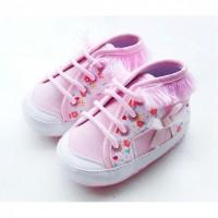 Розовые кеды для маленькой модницы